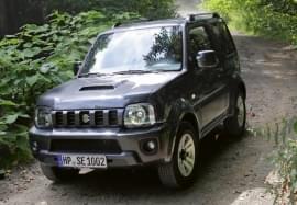 Suzuki Jimny elölnézet