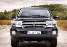 Toyota Land Cruiser elölnézet